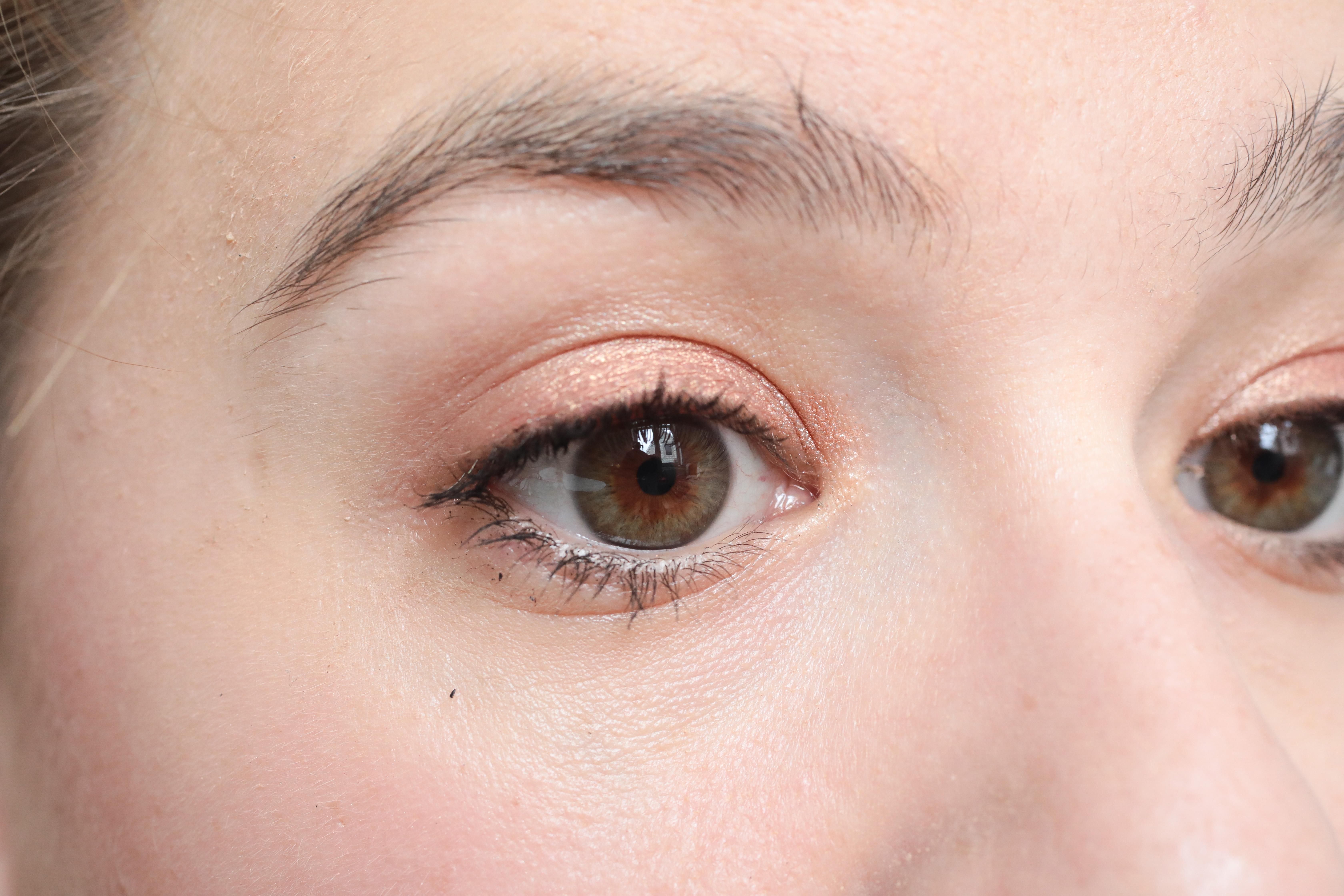 Fabuleux Mon crayon à sourcils : Graphic Brows de ZOEVA - Carnet de Lou - BLOG XT94
